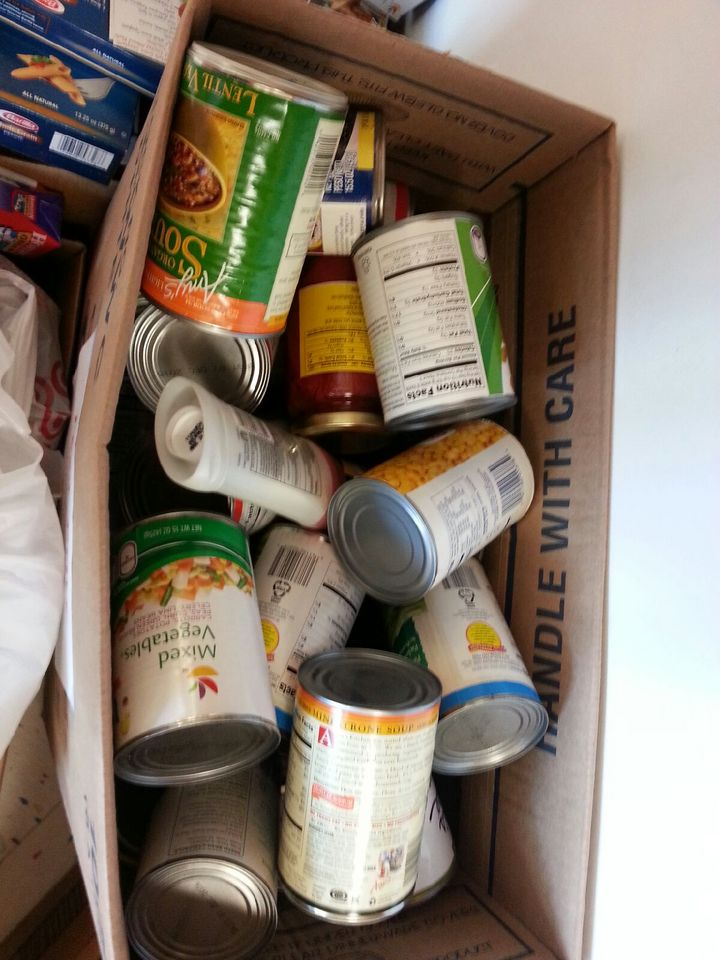 Food Drive for People 2 People !